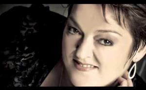 Lisa Gasteen